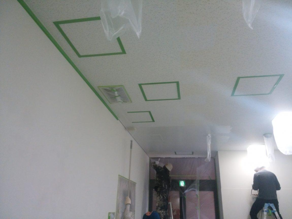 大阪国際大学内部塗装工事